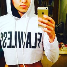 WHITE FLAWLESS HODDIE Very cute Cropped SWETAER! New! Retail! Did not come with tags. NO TRADES OFFERS WELCOME Sweaters