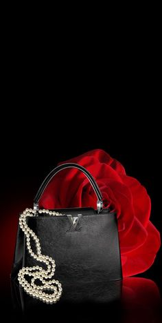 "anbenna: ""Louis Vuitton "" Love my Louis Luxe Life, Black White Red, Red Lipsticks, Louis Vuitton Handbags, Vuitton Bag, Beautiful Bags, Pearl White, Black Backgrounds, Shoulder Bag"