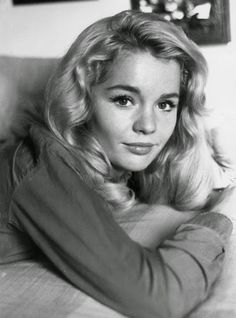 Vintage Glamour Girls: Tuesday Weld