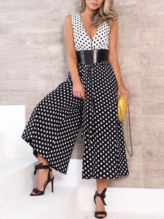 Polka Dot Patchwork Casual Wide Leg Jumpsuit We Miss Moda is a leading Women's Clothing Store. Offering the newest Fashion and Trending Styles. Women's Summer Fashion, Look Fashion, Womens Fashion, Fashion Design, Ladies Fashion, Fashion Photo, Mode Style, Beautiful Gowns, Jumpsuits For Women