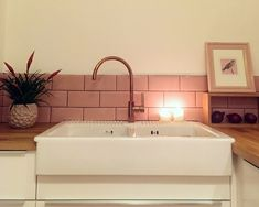 Amberlea wanted to inject some colour into her kitchen space, so she decided to created an eye-catching splashback behind the sink! Our Covent Garden Metro Tiles were used. Home Decor Kitchen, Interior Design Kitchen, Home Decor Bedroom, Bathroom Interior, Kitchen Ideas, Boho Bathroom, Master Bathroom, Pink And Grey Kitchen, Metro Tiles Kitchen