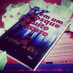 Livro de suspense da @editorarocco já tem resenha no #blogeuinsisto :D ★★★★★ #livro  #amoler #book #livros #instabook #bookaholic #bookstagram #book📖 #ler #leitura #souleitor #books #booklover #instalivro #📖