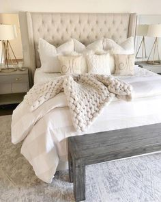 43 Inspiring Master Bedroom Design Ideas For Your Home > Fieltro. Cute Dorm Rooms, Cool Rooms, Korean Bedroom, Bedroom Furniture, Bedroom Decor, Bedroom Ideas, Rustic Furniture, Furniture Ideas, Bedding Decor