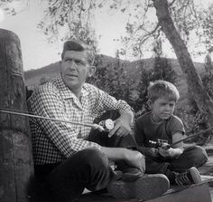 Sheriff Andy Taylor (Pah) and son Opie.  The Andy Griffith Show