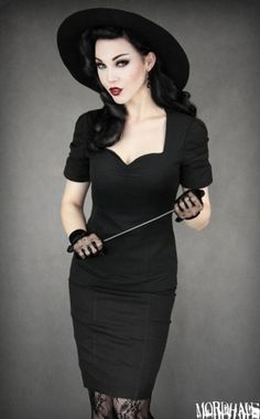 Femme Fatale Outfit