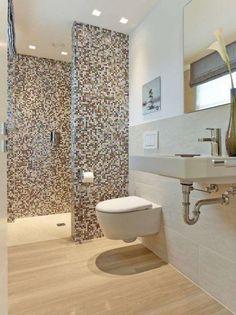 moderne Stadtvilla über 180 qm Wohnfläche massiv bauen in Hamburg, Stade, Cuxhaven Rustic Bathroom Designs, Bathroom Layout, Modern Bathroom Design, Bathroom Interior Design, Kitchen Interior, Bad Inspiration, Bathroom Inspiration, Tiny Bathrooms, Small Bathroom