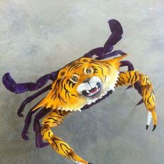 Louisiana crab LSU tiger style of art work Louisiana Art, Louisiana Homes, Louisiana State University, New Orleans Louisiana, New Orleans Saints, Lsu Tigers Football, Tiger Love, Southern Charm, Purple Gold