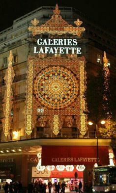 Galerias Lafayette, Paris   amazing at Christmas time....we were there 3 years ago and it was gorgeous to see!