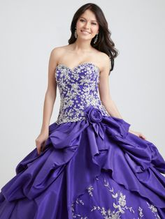 Free Shipping  Noble Strapless Sleeveless Embroidery Pleat Taffeta Custom Made Ball Gown Formal Party Quinceanera Dress $169.00