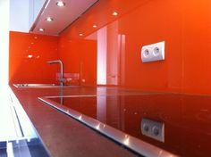 Réalisations crédence de cuisine - Professionnel du verre laqué sur mesure, Crédence en verre laqué (Verre laqué sur mesure sur Paris)