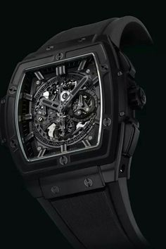 Hublot Spirit of Big Bang All Black. This shape is in. And it will be with more watches coming up next weeks. I like it. Its sporty, fresh and new.