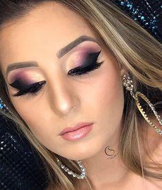 How pretty!!! @charlenemaquiagens | #makeup