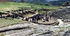 Επιτυχημένη εκδήλωση Υιοθεσίας του Αρχαίου Θεάτρου Αιγείρας