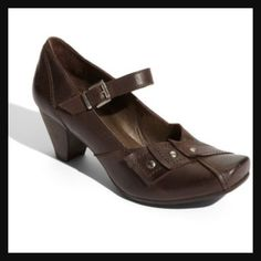 Fidji leather Mary Janes Unique brown leather Mary Jane heels. Made by Portugal shoe company. In fabulous condition, gently worn. Great for work and any outfit. Super comfortable. Comes with box. Size 39 or 8.5/9. Price firm. NO TRADES Fidji Shoes Heels