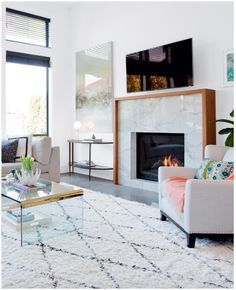 Hottest Pic Contemporary Fireplace design Ideas Modern fireplace designs can cover a broader category compared for their contemporary counterparts. Fireplace Surrounds, Fireplace Design, Linear Fireplace, Fireplace Ideas, Modern Fireplace Mantles, Fireplace Console, Marble Fireplace Surround, Tile Fireplace, Modern Fireplaces