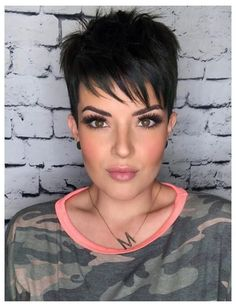 Fixing Short Hair, Funky Short Hair, Super Short Hair, How To Curl Short Hair, Short Grey Hair, Long Hair, Chic Short Hair, Pixie Haircut Styles, Pixie Haircut For Thick Hair