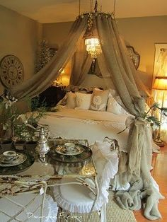 Shabby bedroom by ajct