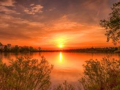 Gepind van kepguru Sunset Photos, Celestial, Nature, Van, Outdoor, Outdoors, Nature Illustration, Vans, The Great Outdoors