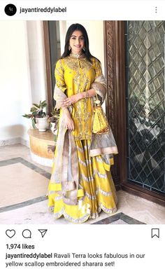 Do you like this yellow lehenga well I love it people are loving yellow these days so you too must try this color. Indian Bridal Wear, Pakistani Bridal Dresses, Indian Wedding Outfits, Pakistani Outfits, Bridal Outfits, Indian Dresses, Indian Wear, Indian Outfits, Sari Design