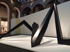 """Aquí admirando y recomendando la """"arquitectura emocional"""" de Mathias Goeritz, exposición en el Palacio de Iturbide .."""