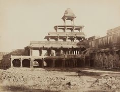 India in the Late Century Futtepore Sikri: The Panch Mahal Old Photographs, Old Photos, Agra Fort, Vintage India, Mughal Empire, Elements Of Art, Historical Photos, Art And Architecture, 19th Century