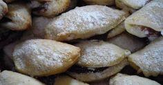Mennyei Tojás nélküli recept! Egyszerű aprósütemény, kávéhoz, teához, vagy csak úgy nassolni belőle... :) Pretzel Bites, Sweets, Bread, Cookies, Recipes, Food, Hampers, Crack Crackers, Gummi Candy