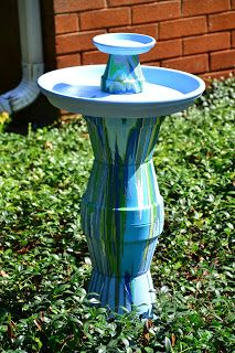 57 new Ideas homemade bird bath ideas clay pots Bird Bath Garden, Diy Bird Bath, Garden Art, Balcony Garden, Flower Planters, Flower Pots, Terra Cotta Bird Bath, Hanging Bird Bath, Stone Bird Baths