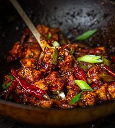 Why Did I Veganize This Dish? I came up with this Spicy & Crunchy Garlic Tofu recipe because it needed to happen. Like, there was a gaping maw in the… Seitan, Tempeh, Smoothies, Gluten Free Soy Sauce, Extra Firm Tofu, Pasta, Vegan Dinners, Pho, Gourmet