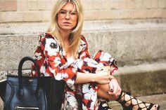 Zara Blumen Culottes und Zara Blumen Bluse mit Celine Mini Luggage