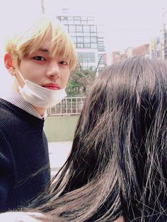 BTS' V gets hearts dropping by uploading a selca with a long-haired.... | allkpop