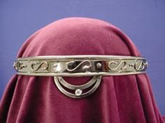 Guinevere Circlet: Renaissance Costumes, Medieval Clothing, Madrigal Costume: The Tudor Shoppe