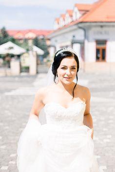 Peter and Ivana Miller Bridal Poses, Destination Wedding Photographer, Photographers, Wedding Dresses, Brides, Europe, Inspiration, Fashion, Fotografia