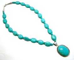 Magnesite and turquoise necklace with agate pendant for Turquoise jewelry taos new mexico