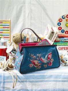 Cath Kidston British Birds Large Frame Bag. I covet.