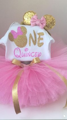 Minnie Mouse Theme Party, Minnie Mouse Birthday Outfit, Baby Girl 1st Birthday, Birthday Party Decorations, Birthday Parties, Pink, Crafts, Vestidos, Minnie Mouse 1st Birthday