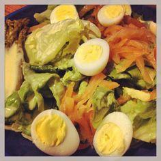 Salade de saumon et oeuf de caille - Salmon salad and quail egg