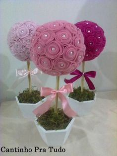 Ingenious Methods of Creating Insanely Beautiful DIY Paper Roses and Transform Your Decor Felt Crafts, Diy And Crafts, Crafts For Kids, Felt Decorations, Flower Decorations, Felt Flowers, Fabric Flowers, Diy Paper, Paper Crafts
