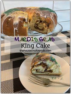 A King Cake for Mardi Gras - The House on Silverado Mardi Gras, Cinnamon Pecans, Dry Yeast, New Recipes, Cake, Rolls, Baking, Tasty, Bakken