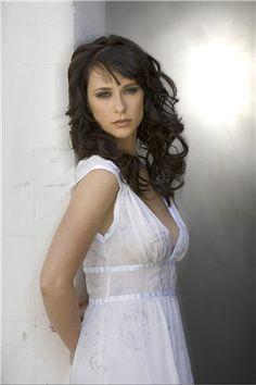 Jennifer Love Hewitt as Regina Ashton-Eden