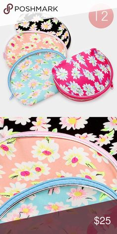 "12PC ZIP Pouches • Color : Assorted • Theme : Flower & Leaf  • Size : 7"" X 5"" • 12 PCS - Flower print zip pouches Other"