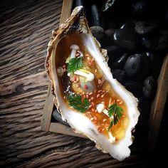 Huître / bouillon bœuf / gimgembre. Stunning shot by @angelo.ferrigno Repost by @cookniche #cookniche #beautifulcuisines #foodphotography #foodphotos #food #culinary #culinaryarts #gastroart #thefeedfeed #theartofplating #wildchefs #foodstyling #foodart #truecooks #gastronomia #gastronomy #cheflife #chefstalk #foodstarz #feedfeed #foodporn #instafood #chefsofinstagram