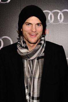 Ashton Kutcher ...  www.fashion.net