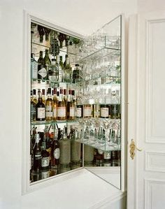 Atelier Julia: Every home should have: Home Bars