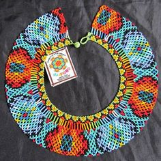 Collar #mostacilla #challenge #follow4follow #colores #indigena #embera Beaded Earrings, Beaded Jewelry, Crochet Earrings, Beads And Wire, Bead Crochet, Beading Tutorials, Collar Necklace, Wire Wrapped Jewelry, Beaded Embroidery
