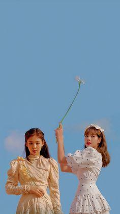 Kpop Girl Groups, Korean Girl Groups, Kpop Girls, Walpapper Tumblr, Mode Kpop, Blackpink Video, Lisa Blackpink Wallpaper, Black Pink Kpop, Chica Cool