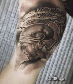 #tatuaje de #aquiles, héroe de la mitología griega. Trabajo realizado por @deysitattoo, estilo #blackandgrey. Trabajo clásico con aires escultóricos. #santcugat #barcelona #tatuatge #tattoo