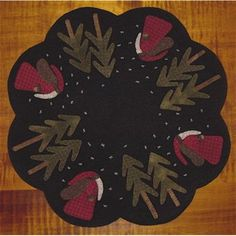 KITOld St. Nick Table Mat Applique Pattern by FiddlestixDesign