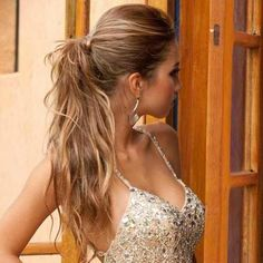 Pretty Ponytail - Hairstyles How To