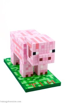 The MineCraft creator's son's birthday cake. It took his Mom 24 hours of non-stop work! Minecraft Birthday Cake, Pig Birthday Cakes, Minecraft Cake, Minecraft Party, Sons Birthday, Real Minecraft, Minecraft Statues, Bolo Mine Craft, Pastel Minecraft