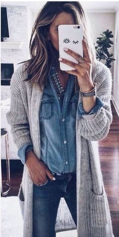 31 Cardigan and Sweaters You Should Buy This Winter/Fall To Keep You Hot - Style Spacez Source by katharinahoneyb outfits fashionista Fashion 2017, Look Fashion, Fashion Outfits, Womens Fashion, Fall Fashion, Fashion Ideas, Fashion Tips, Fashion Check, Jeans Fashion